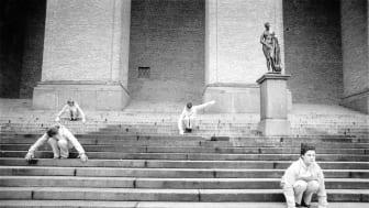 Astrid von Rosen och Gun Lund samtalar om fri dans och om dansgruppen Rubicon specifikt den 19 september på Dansmuseet. Foto: Elisabeth Ohlson Wallin