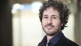 Dario Salvi leder ett nytt forskningsprojekt där viktig data om Parkinsons sjukdom ska kunna samlas in via mobila enheter och utan att patienten behöver uppsöka sjukvården.