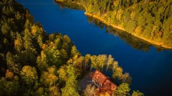 Högberga Gård säljer Vattenverket vid Kottlasjön. De nya ägarna tar över den 15 augusti.