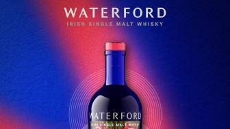 """Teiroir-drivna Waterford släpper äntligen sin första kärnwhisky: """"The Cuvée"""", 2 September i Systembolagets beställningssortiment. Denna whisky bygger på 25 individuellt destillerade Single Farm Origins"""
