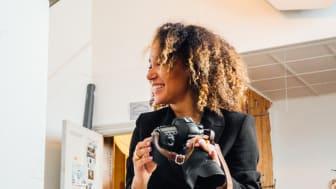 Felicia Masala, fotograf och egenanställd hos Frilans Finans Sverige