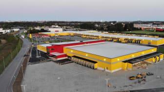 DHL flyttar in i sin nya logistikanläggning i Malmö