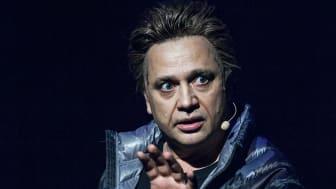 Johan Petersson som Mikael Persbrandt
