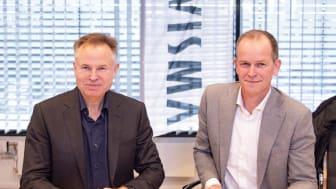 Bilde fra signeringen av Vismas nye sponsoravtale