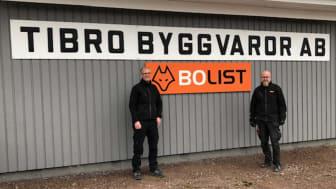 Tibro Byggvaror AB drivs av entreprenörerna Janne Windeståhl och Johan Martinsson.