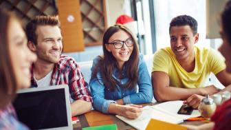 Die BerufsHochschule kombiniert ein BWL-Studium mit einer dualen Berufsausbildung. Nun startet der 2. Jahrgang
