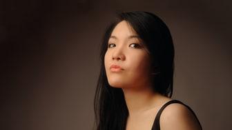 Pianisten Mélodie Zhao är solist under kommande konsertserie med Camerata Nordica.