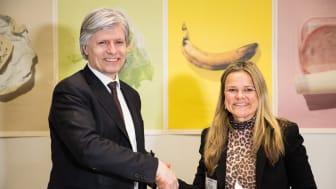 Klima- og miljøminister Ola Elvestuen og Aina Hagen, markeds- og innovasjonsdirektør i Lantmännen Unibake Norge