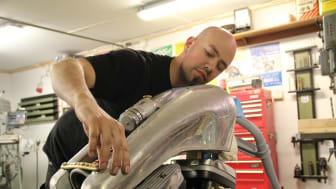 Adam Nestor bygger MC-tank inför publik på Elmia