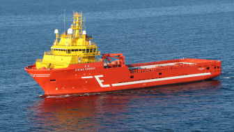 Eidesvik monterer batterier om bord