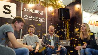 Mattel Games - SPIEL Essen 18: Partystimmung auf dem Mattel Games Messestand