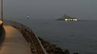 Den nya belysningen gör Grimskär mer synligt i mörkret.