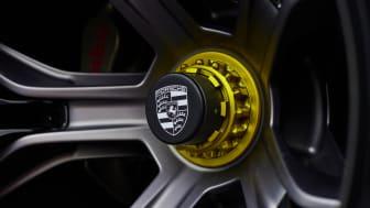 09 Porsche Mission R.jpg