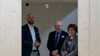 Från vänster: Niklas Andersson, Thomas Carlzon & Carina Ståhl