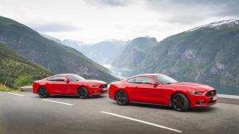 Endelig har nye Ford Mustang kommet til Norge. Aurlandsfjorden i bakgrunnen