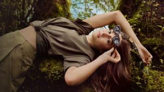 Karün lanseras som ett designsamarbete med skådespelaren och miljöaktivisten Shailene Woodley och finns endast hos Synoptik.