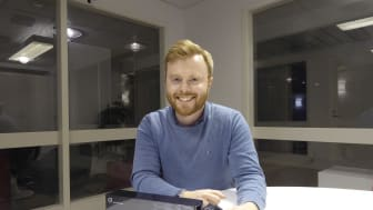 Att ställa in takluftriktaren manuellt är krångligt, tar tid och kan vara riskfyllt. Då är det smartare att låta algoritmerna göra jobbet, säger Andreas Persson, teknikchef på Rumblestrip.