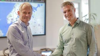 Magnus Orrebrant, administrerende direktør for Vehco og Stefan Albertsson, administrerende direktør for AddSecure-gruppen i strategisk avtale.