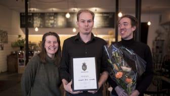 Vinnare Sörmland Matverk 2018 Fermenterad soda från Kvass Bar & Råkök. Från vänster: Rebecka Adolfsson, David Lindström, Victor SundFotograf: Sörmlands Matkluster (Rocco Gustavsson)