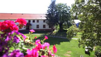 Noch ist der Campus leer – doch auch an der Hephata-Akademie beginnen demnächst wieder Präsenzveranstaltungen.