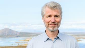 Tulevaisuudentutkija Risto Linturi pohtii digitalisaation vaikutuksia rakennettuun ympäristöön.