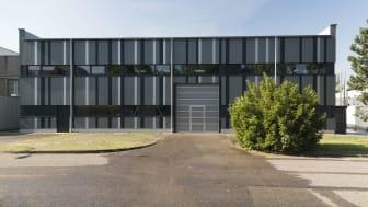 Sanierungspreis 15 Metall: Energetische Sanierung Bau 411 am KIT Campus Nord
