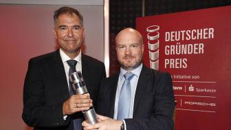 Die GBS-Gründer und Preisträger Dr. Peter Heiligensetzer (links) und Armin G. Schmidt.