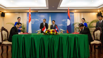 The codeshare agreement was signed between SilkAir and Lao Airlines in a ceremony in Laos today.