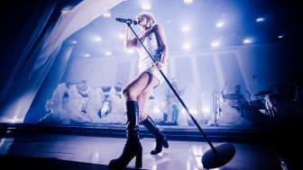 Världsstjärnan Robyn är klar som avslutande headliner på årets Way Out West, lördag den 15 augusti.