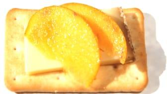 Saltiner med tallegio och sharonfrukt
