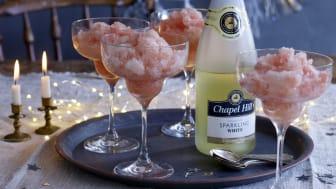 Chapel Hill Sparkling Alkoholfri & röd grapesorbet till Alla hjärtans dag.