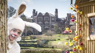 Påskharen bjuder in till påskäggsjakt på Tjolöholms Slott