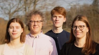 Familjen Friman - Tova (fiol), Klas (akustisk gitarr), Linus (trombon) och Camilla (cello) - bjuder på ett blandat program med klassiska pärlor, jazz och folkmusik i Fellingsbro kyrka 15 juli.