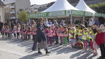 Restfest i Södertälje: Kapten Reko lärde 100 barn att inte slänga mat
