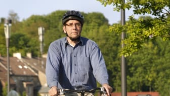 Auch Radler sollten sattelfest in Sachen Verkehrsregeln sein. Foto: SIGNAL IDUNA