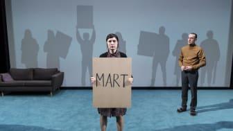 Bild från pjäsen Skuggorna av Mart, foto: Ola Kjelbye
