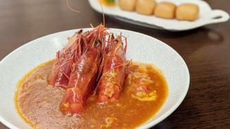 Chilli Prawn Served with Mantou (2).jpg