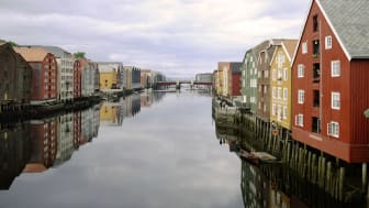 Trondheim ved Nidelven. Foto: Solfrid Sande.