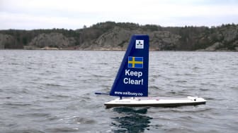 SLU Aqua Sailor är en obemannad seglande drönare som kan användas för datainsamling för forskning och miljöövervakning . Foto: Jonas Hentati-Sundberg