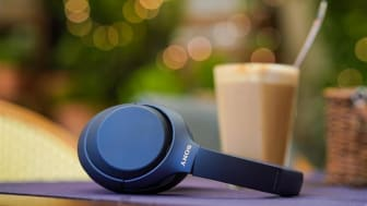 Preisgekrönter Noise Cancelling Kopfhörer WH-1000XM4 jetzt in der Farbe Midnight Blue erhältlich