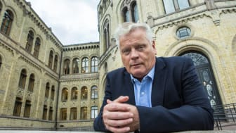 Leder i Pensjonistforbundet, Jan Davidsen, er skuffet over at eldreministeren ble fjernet i den nye regjeringen Solberg.
