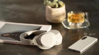 Najboljše je pravkar postalo še boljše – Sony napoveduje nove brezžične slušalke WH-1000XM4 z vodilno tehnologijo odpravljanja šumov v panogi