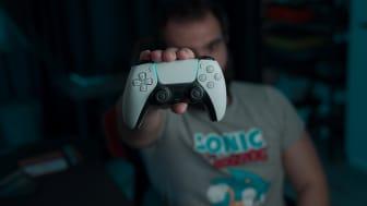 """Kundene har talt: Playstation 5 ble """"Årets produkt"""" i 2020 i Elkjøps kåring. Foto: Onur Binay / Unsplash.com"""