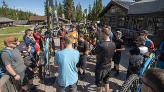 Idylliske Knettsetra la rammene for verdenslanseringen av GT Bicycles nye sykkelmodeller. Foto: Fredrik Otterstad