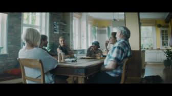 """Reklamní spot Opavia - """"A kde schováváte svoje Opavie vy?"""" - SK verze 1"""