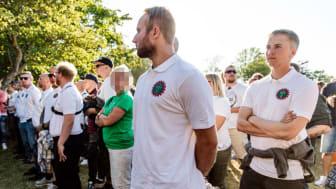 Aktivister från Nordiska motståndsrörelsen störde under flera av partiledartalen i Almedalen 2018. Det är än så länge oklart vad de planerar för i år. Foto: David Lagerlöf/Expo