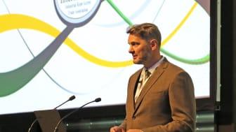 Klättertekniks säkerhetsansvarige, Nigel Craig, håller sin presentation på IRATA:s årliga ITEC konferens.