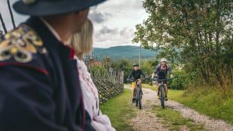 Cykling har lockat besökare till Dalarna i sommar. Foto: Erik Kilström