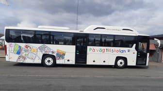 Kommunens första helt biogasdrivna skolbuss