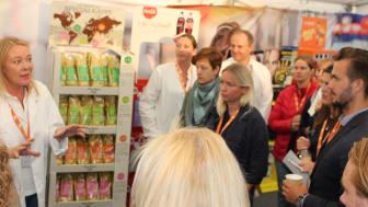 Marketing & Impact Centre Manager, Mette Herrefoss underviser i Retail Class.